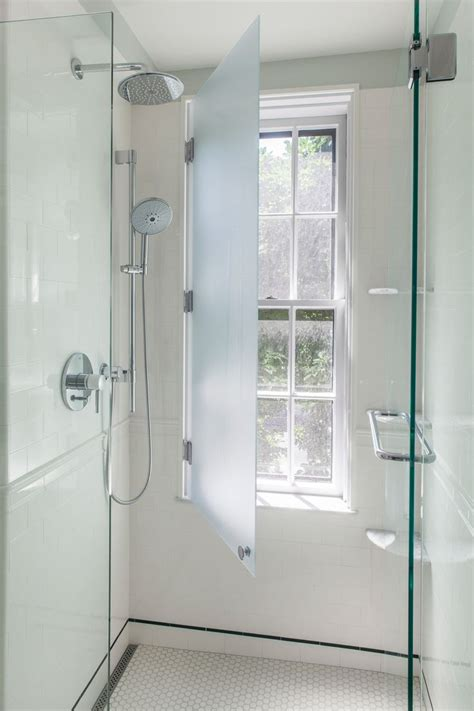 Bathroom Window Privacy Ideas by 1000 Ideas About Bathroom Window Privacy On