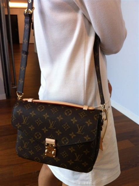 releases   vuitton bag louis vuitton lv handbags