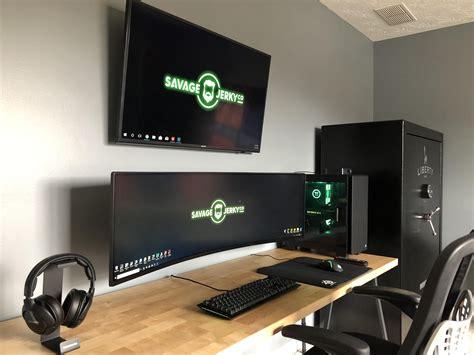 See more ideas about gamer room, gaming room setup, game room design. never final but feeling good about my new setup. | Configuration de jeu, Design de salle de jeux ...