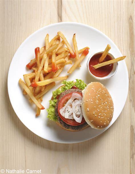 hamburger frites au four pour 4 personnes recettes à table