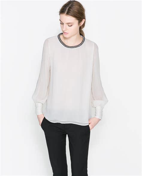 zara white blouse zara white blouse with an applique on the collar lyst