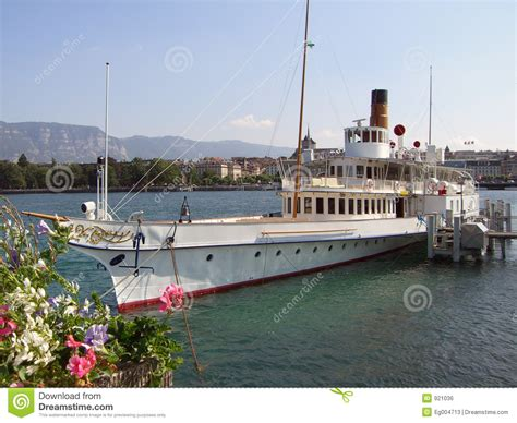 Steam Boat Old by Old Steamboat Stock Photo Image Of Energy Boat River