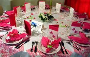 deco table de mariage les fleurs pour la décoration du mariage