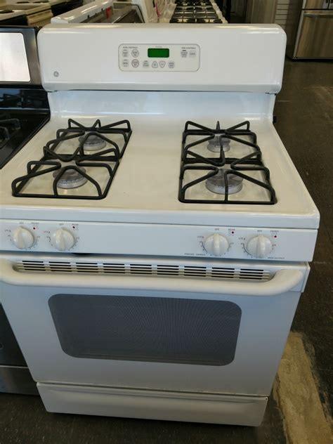 white gas stove pg  appliances