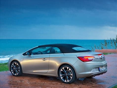 Opel Convertible by Opel Cascada Mid Size Convertible Opel Car Pictures