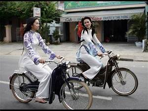 Assurance Mobylette Collection : mobylette motobecane classic bike collections youtube ~ Medecine-chirurgie-esthetiques.com Avis de Voitures