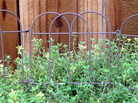 folding garden border fence  park garden lawn yard