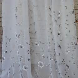 designer gardinenstoffe gardinenstoffe mit raffinierter stickerei in grau