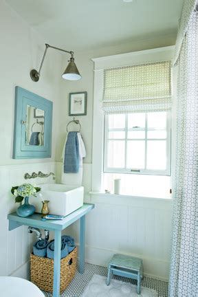 blue white beachy bathroom farrow ball paint