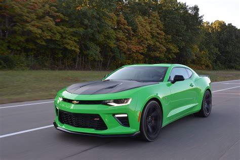 Camaro 1le Specs by Review 2017 Chevrolet Camaro Ss 1le Gtspirit