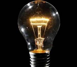 Meglio la voltura o il subentro nei contratti luce? BOLLETTADDIO IT