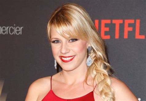 Jodie Sweetin On 'hollywood Medium' 'full House' Star