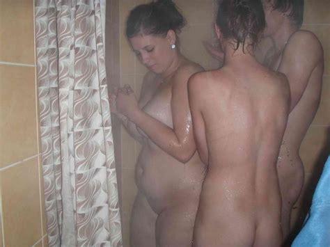 Pikileaks Amateur College Teens Shower Threesome Free