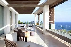 Spanish-Style Modern Villa in Ibiza - InteriorZine