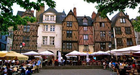 Loire Castle Tour, Your Nothern France Tour With Electa