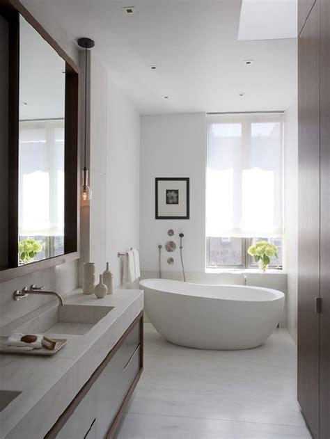 bathroom decorating ideas on comfortable white bathroom decorating ideas