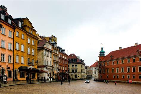 Viajar a Varsovia la capital de Polonia sí merece la pena