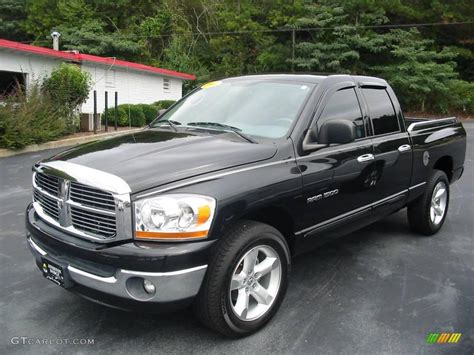 2006 Brilliant Black Crystal Pearl Dodge Ram 1500 Slt Quad