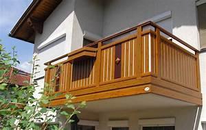 Aluminiumbalkone in tauschend echter holzoptik for Garten planen mit balkon alu holzoptik