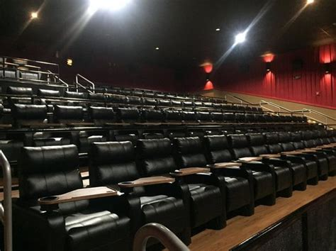 Theaters With Reclining Chairs In Ct by Willoughby Regal Cinemas To Install Recliners Footrests