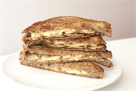 """""""the Elvis"""" Peanut Butter Banana Sandwich  Cheap And Cheerful Cooking"""