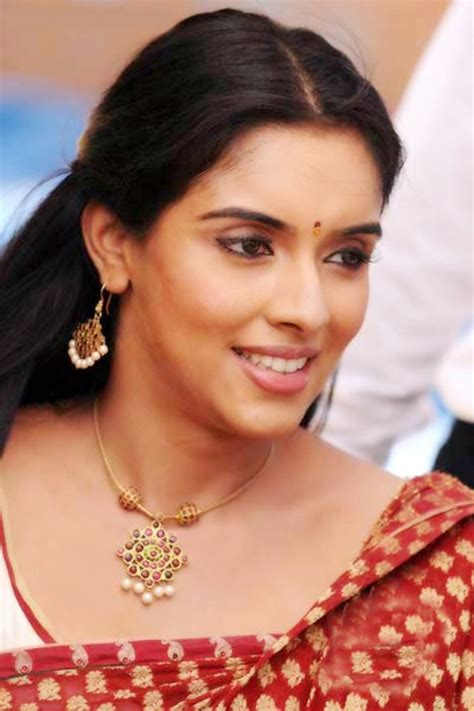 wallpaper gallery kaavalkaran tamil  actress asin