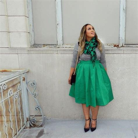 98 best Saia midi plus size images on Pinterest | Curvy fashion Curvy girl fashion and How to wear