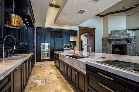 Kitchens with Tile Floors