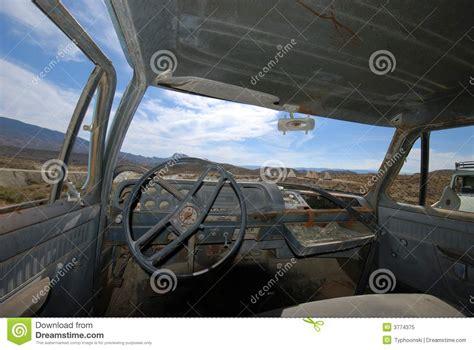 int 233 rieur d un camion am 233 ricain abandonn 233