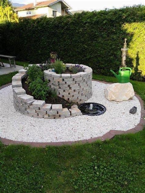 Garten Ideen Diy by Die Besten 25 Gartengestaltung Mit Steinen Ideen Auf