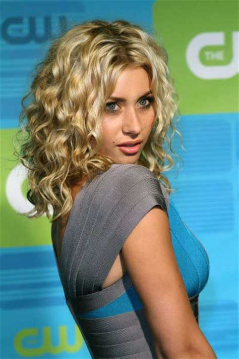 aly michalka beautiful weavy hairstyles collection