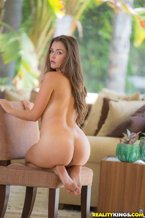Naked Girls Are Having Fun Photos Riley Reid Allie Haze