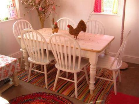 Shabby Chic Table and 6 Chairs   eBay