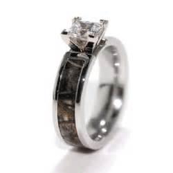 Camo Wedding Rings with Real Diamond