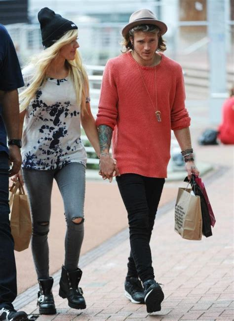 Ellie Goulding And Dougie Poynter Confirm Relationship As ...