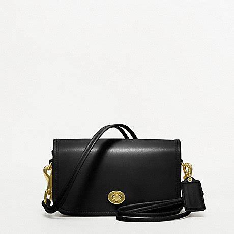 classic coach purse coach f17994 coach classic shoulder purse in leather 2216