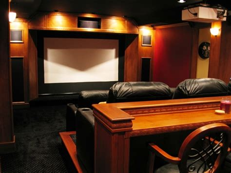Cozy Small Media Room Ideas With Affordable Modern Design