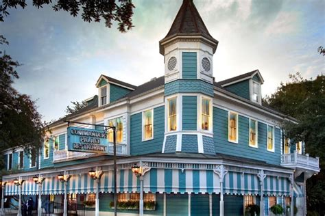 new orleans garden district restaurants commander s palace new orleans restaurants review