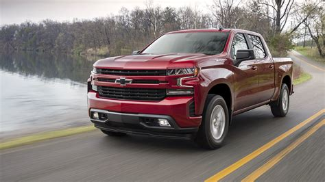 Chevrolet 2019 : Gmc Sierra Elevation, Chevy Silverado Lt, Rst To Feature