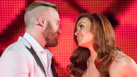 Video: WWE Superstars React To Maria Kanellis' Return ...