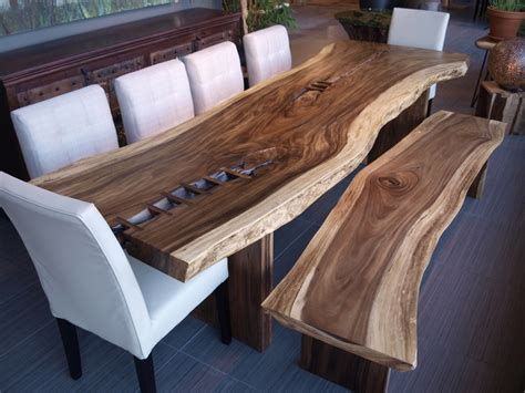 chaise pour table en bois table freeform en bois de suar table