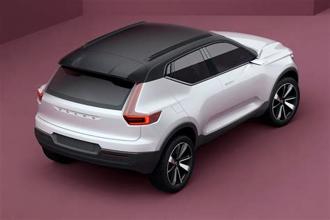 volvo xc suv   series sedan previewed  concepts