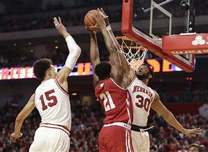 Badgers men's basketball: Wisconsin not ranked in NCAA ...