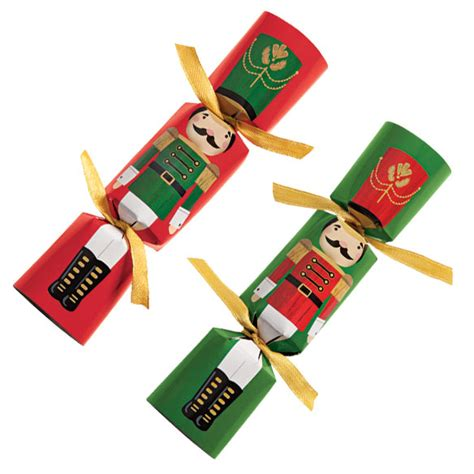christmas party crackers english christmas crackers