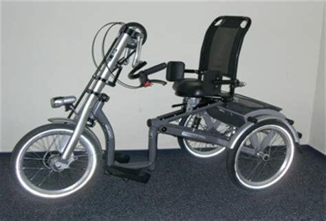 comment obtenir un fauteuil roulant les personnes handicap 233 es aussi ont besoin du v 233 lo isabelle et le v 233 lo