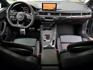 Audi RS5 Interior - A Gentleman's World