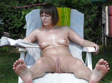 Nude Sunbathing Pics