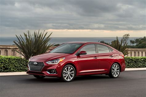 hyundai accent ditches hatchback   redesign