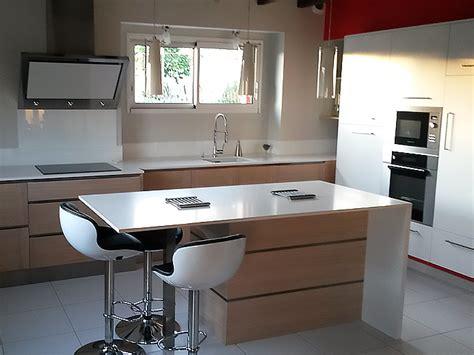 amenagement cuisine ilot central élégance bois artisan créateur cuisine salle de bain