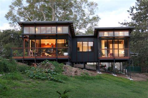 sqm small house built  samford valley brisbane design